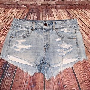 AE | light washed distressed jean shorts 4